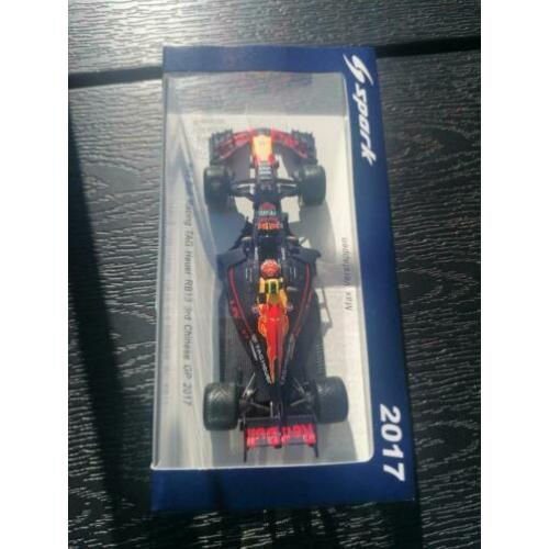 Te koop spark 1:43 rb13 China gp verstappen.